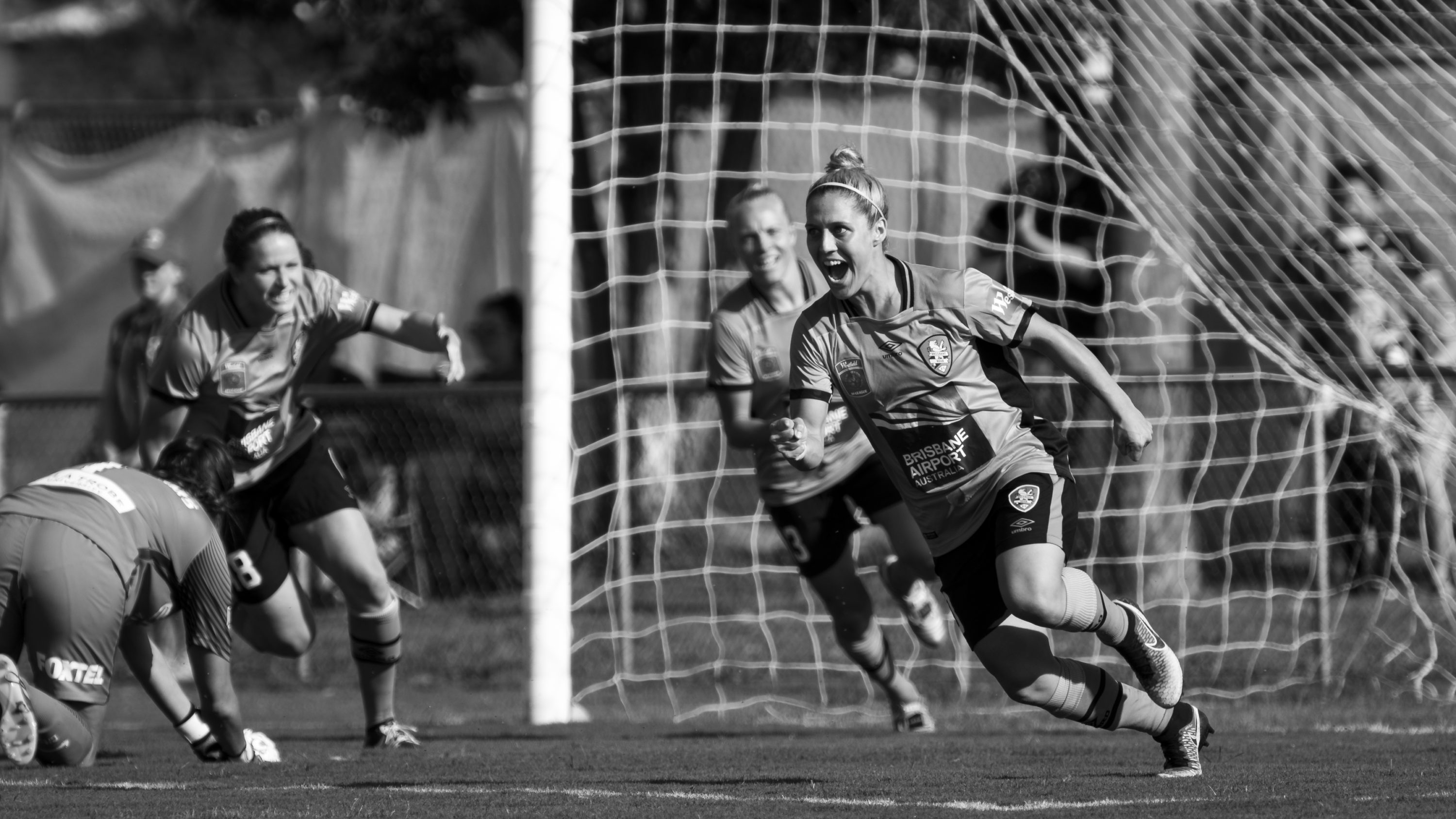 Westfield W-League Rd 5 - Brisbane Roar v Melbourne City