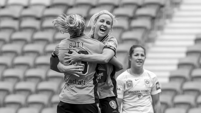 Westfield W-League Rd 11 - Brisbane Roar v Western Sydney Wanderers