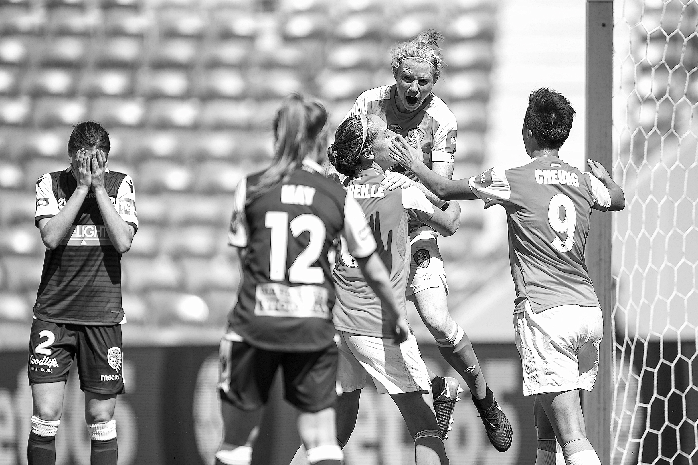 Westfield W-League Rd 2 - Brisbane Roar v Perth Glory